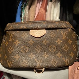 NEW - Louis Vuitton Bumbag